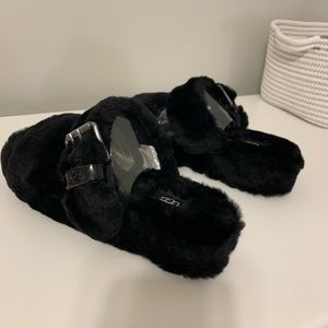 Shoes - UGG Fuzz Yeah Slippers